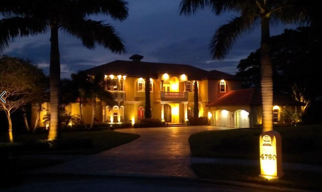orlando landscape lighting installation on front of home
