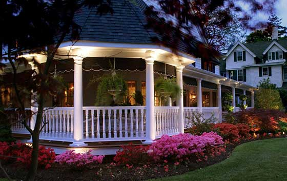 Orlando Landscape Lighting installation around gazebo