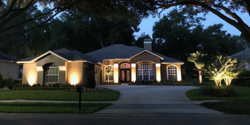 3 Tips for Hiring a Landscape Lighting Contractor